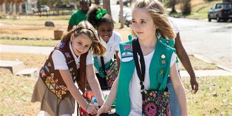 holiday calendar girl scout birthday list year
