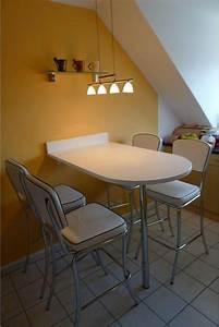 Tisch Mit 4 Stühlen : theke tisch mit 4 st hlen und regal aus glas in hebertshausen k chenm bel schr nke kaufen ~ Frokenaadalensverden.com Haus und Dekorationen