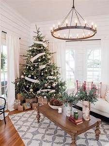 Fixer Upper Christmas Decor (page two) The Harper House
