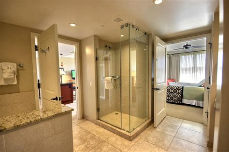 bathroom great configuration  jack  jill bathrooms revosnightclubcom