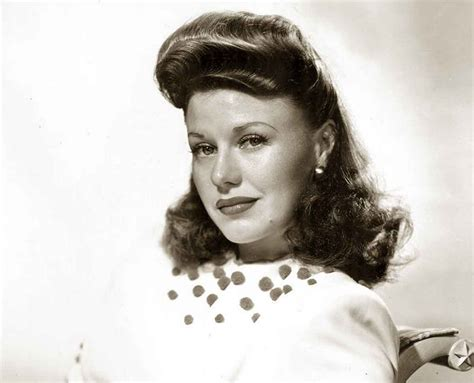 1940s Pompadour Hairstyle by 1940s Hairstyles Memorable Pompadours Glamourdaze