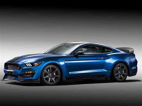 2015 Shelby Gt350r Specs by Ford S Shelby Gt350r Is The Baddest Mustang Of Them All