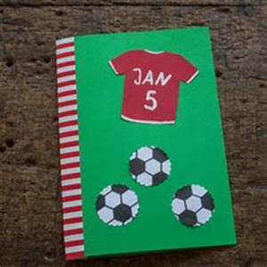 Kindergeburtstag Fußball Spiele : bunte einladungskarten spiele rezepte und dekorationen f r den kindergeburtstag ~ Eleganceandgraceweddings.com Haus und Dekorationen