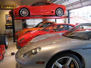 Autos Flauw : supercar garage vullen met ferrari of porsche ~ Gottalentnigeria.com Avis de Voitures