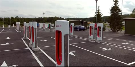 World's Largest Tesla Supercharger Station Makes Its Way