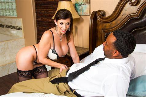Sara Jay At Interracial Sex With Jizzin