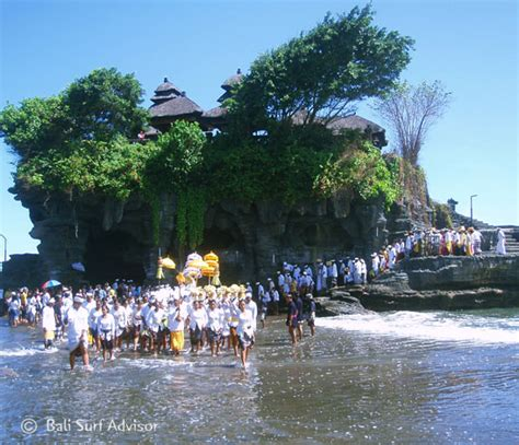 tanah lot temple ceremony bali places  interest