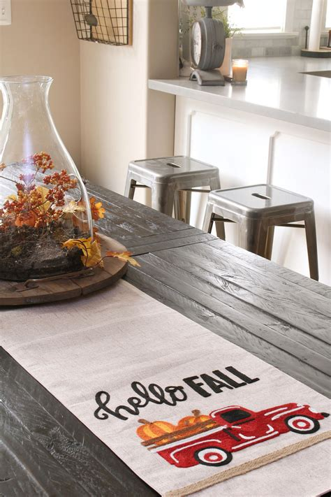 Decorating Ideas Kitchen Tables by Easy Fall Kitchen Decorating Ideas Clean And Scentsible