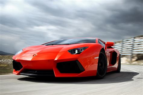 2012 Lamborghini Aventador Lp7004 First Drive Photo