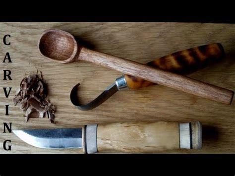 bushcraft spoon carving