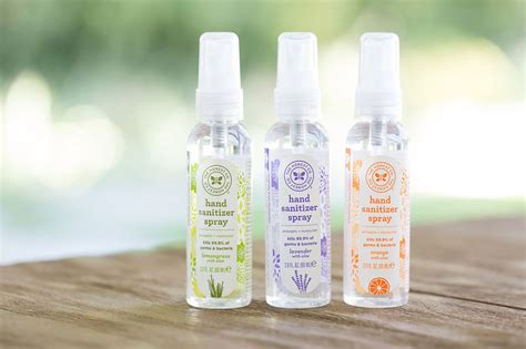 Moisturizing Sanitary Hand Sprays : disinfectant spray
