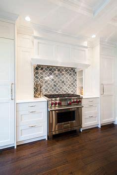 repurposing kitchen cabinets k 214 kslucka i vitt med fr 228 sta ytterprofiler p 229 luckor 1886