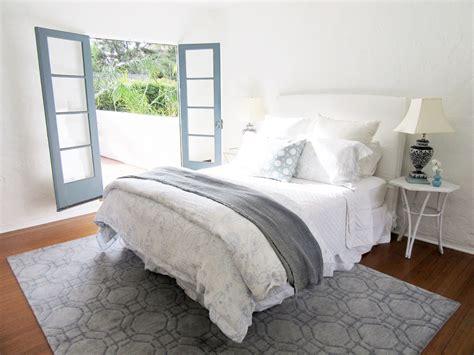 chose  master bedroom rug cococozy