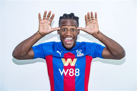 Crystal Palace complete loan deal for Chelsea striker ...