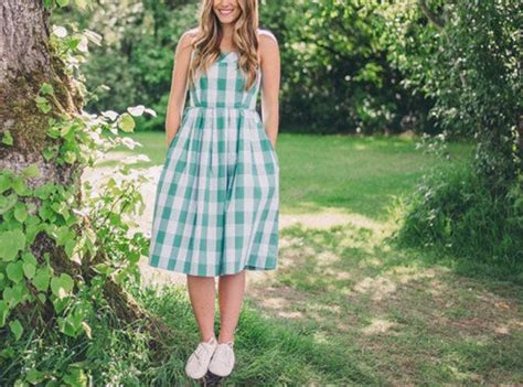 Can You Wear Sneakers with Dresses