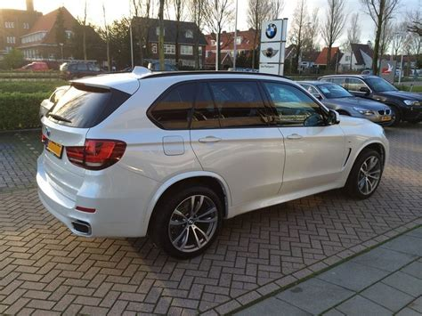 white bmw  images  bmw   sport  mineral