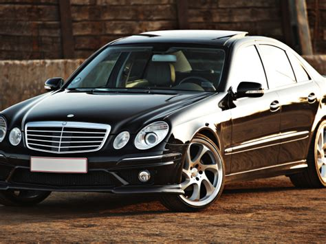 Stylish Beautiful Black Mercedes-benz Car Wallpapers And