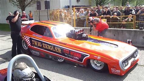 bc classics twig zeigler car fires up on april 22 2012 bc classic custom car show youtube