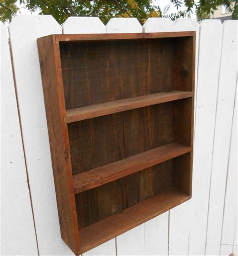 DIY Pallet Wall Cabinet Shelf Unit   Pallet Furniture Plans