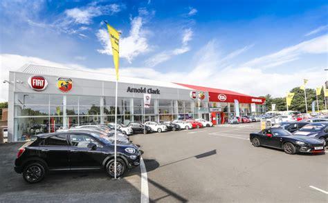 Fiat Car Dealership by Kia Car Dealers Find Your Local Arnold Clark Dealer