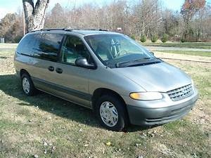 1996 Plymouth Grand Voyager - Overview