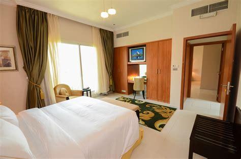dubai holiday villas stunning  bedroom villa  maids