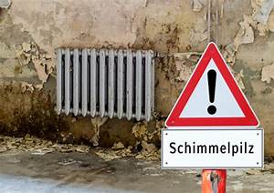 Feuchtigkeit Im Bad Was Tun : was tun bei schimmelbefall ~ Markanthonyermac.com Haus und Dekorationen