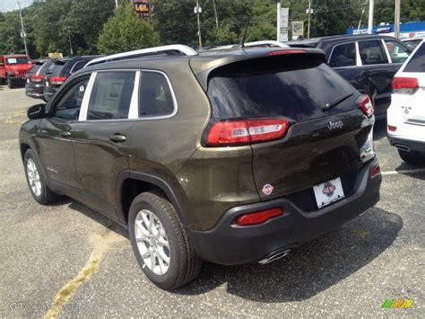 jeep cherokee green 2015 2015 eco green pearl jeep cherokee latitude 96997497