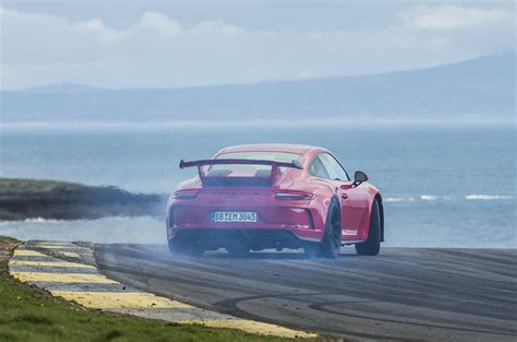 drift porsche 911 porsche 911 gt3 review 2018 autocar