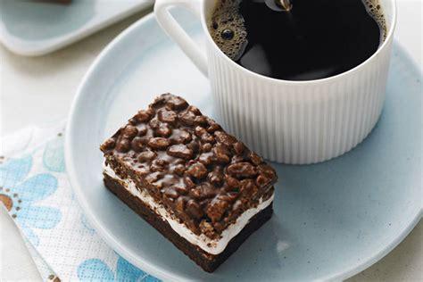 recette avec guimauve dessert barres de c 233 r 233 ales 224 la guimauve et au chocolat kraft canada