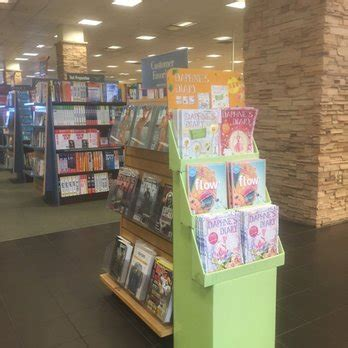 Barnes Noble Chandler Az by Barnes Noble Booksellers 2081 25 Photos 28 Reviews