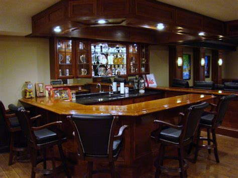 Small Home Bar Pictures by 20 Finished Basements With Amazing Bar Setups