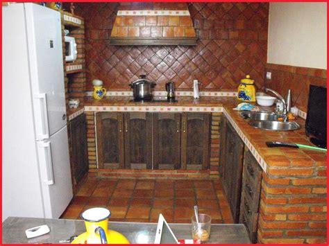 azulejos  cocinas rusticas decoracion planos porcelanosa pequenas cocina de obra paso