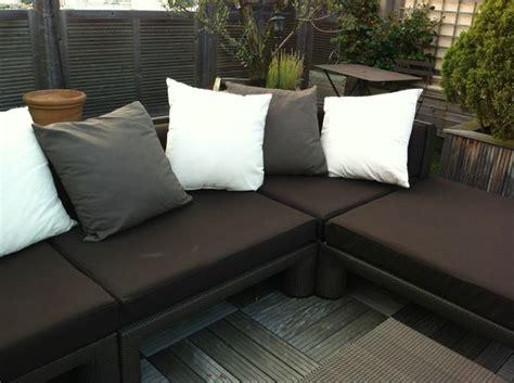canapé terrasse housse canape sur terrasse atelier virginie morel at home