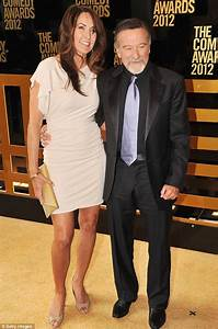 Robin Williams shows off his new wife Susan at The Comedy ...