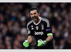 The keeper celebrates a juve goal MARCA English
