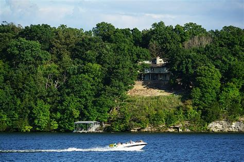 Fishing Boat Rentals Lake Of The Ozarks by 9 Top Attractions Things To Do At Lake Of The