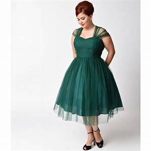 25+ best ideas about Emerald green cocktail dress on ...
