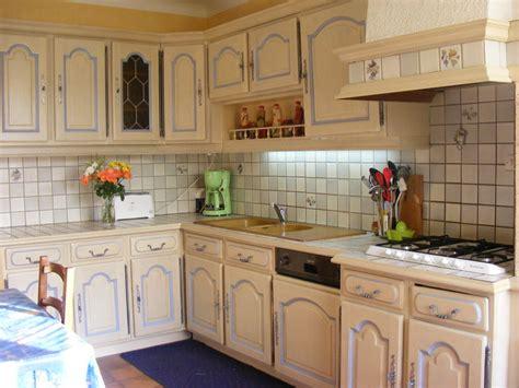 relooker une cuisine ancienne com moderniser cuisine rustique chaios com