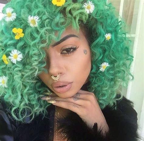 natural curls  green hair colors ideas