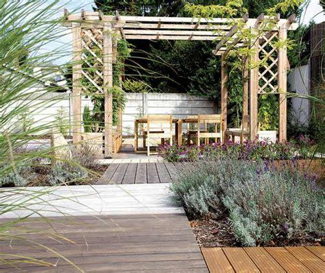 Enlever Mousse Terrasse Bois by Nettoyage Terrasse Bois Pierre B 233 Ton Id 233 Es Et Conseils