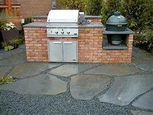 Outdoor Kitchen Selber Bauen : klinker grillplatz im garten selber bauen anleitung und ~ Lizthompson.info Haus und Dekorationen
