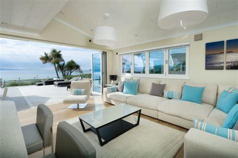 ways  add  splash  color   living room