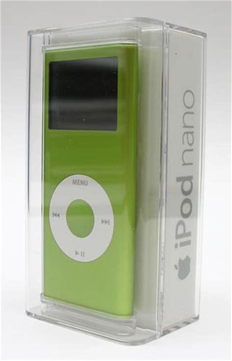 ipod nano 2 generation apple ipod nano 2nd generation the gadgeteer