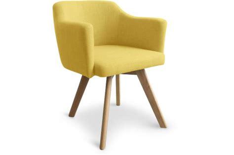 fauteuil scandinave tissu jaune teiki design sur sofactory