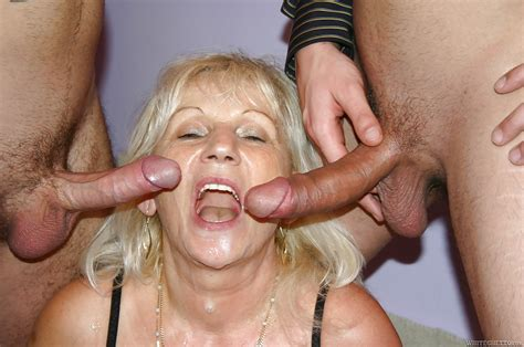 Blonde Granny Anna A Taking Double Penetration And Jizz On