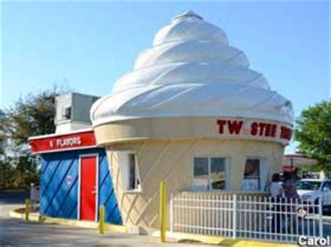 clermont fl ice cream cone building