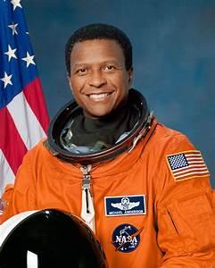 Astronaut Bio: Michael P. Anderson 5/04