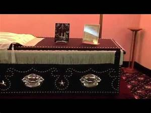 Lincoln Casket In Creighton - YouTube