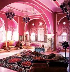 モロッコ:Pink Palace Fancy!!! Bedroom!!!   Bedroom ...